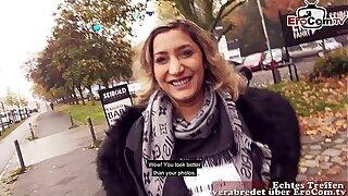 Deutsch Türkin macht Straßen Alfresco Sextreffen EroCom Assignation echte versaute Schlampe