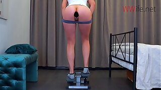 Gluteus maximus Plug during workout - Large Plug in my Tight Ass!